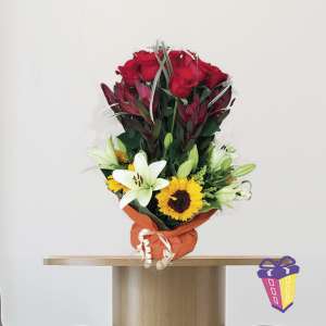 arrreglo floral a domicilio quito, arreglo de floral, arreglo con girasoles.
